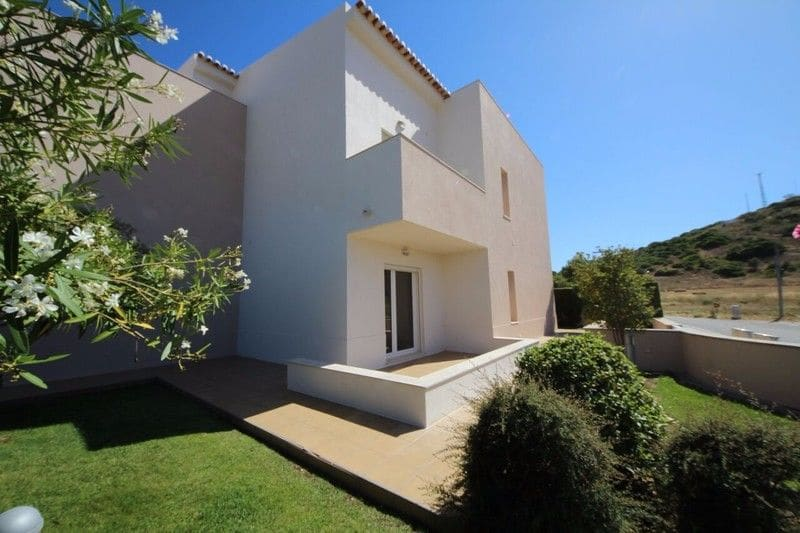 2 Bedrooms Apartment in Burgau