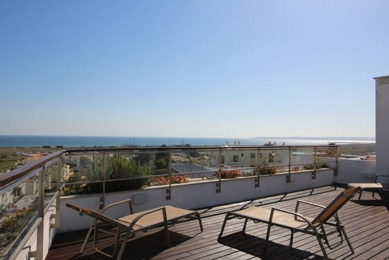 2 Bedrooms Apartment in Alvor