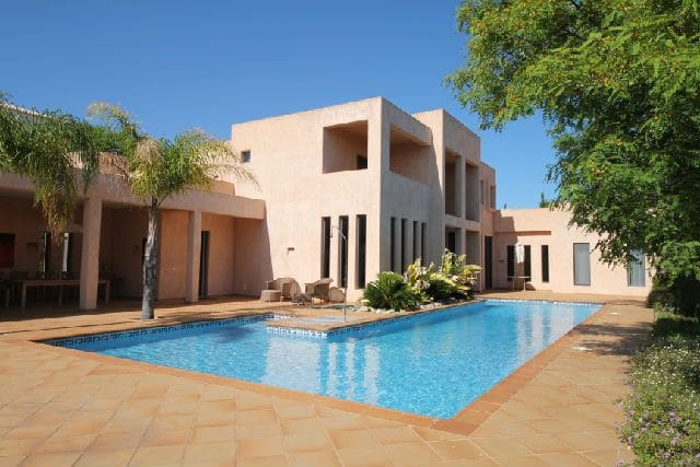 5 Bedrooms Villa in Santa Maria