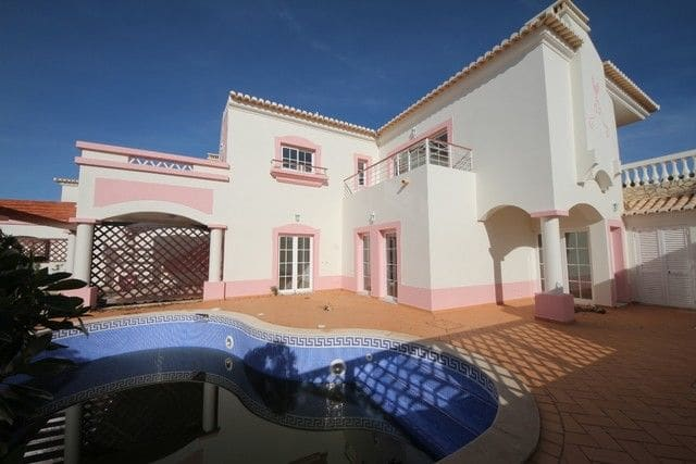 3 Bedrooms Villa in Budens