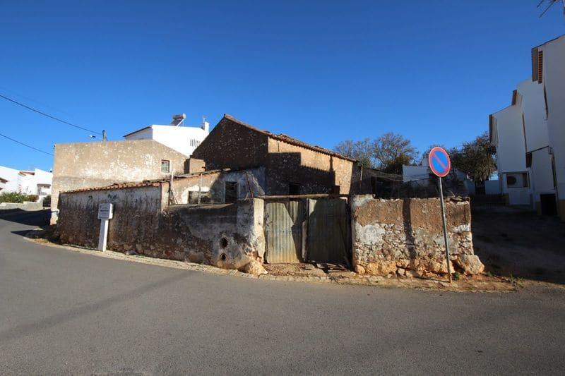 Villa in Almadena