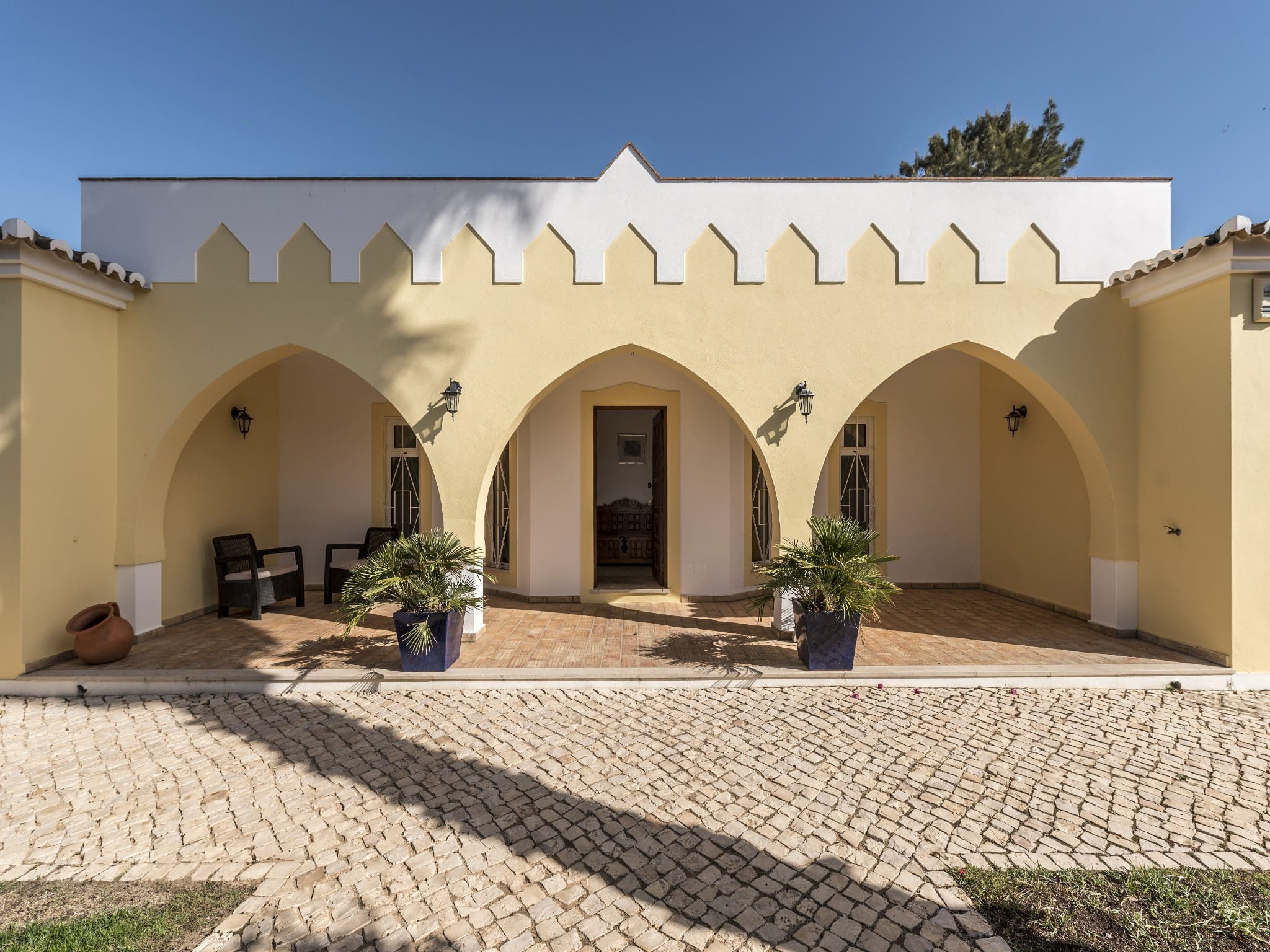 Villa Caldeira, Lagos