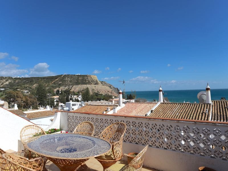 Stunning 3 Bedroom Villa in Luz- top location .