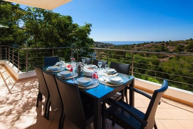 4 Bedrooms Villa in Burgau