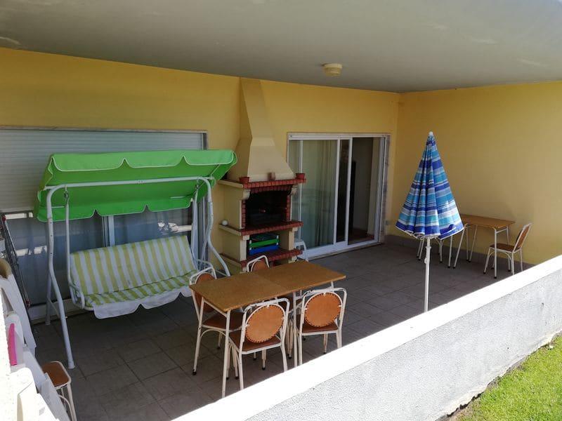1 Bedroom Apartment in Meia Praia
