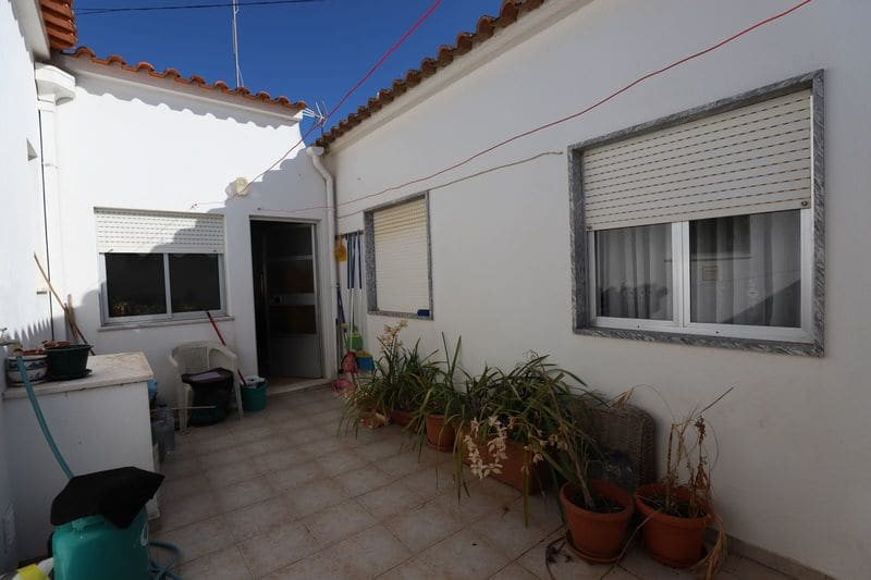 4 Bedrooms Villa in Espiche