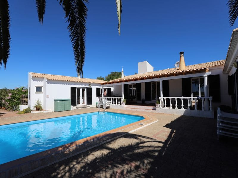 6 Bedrooms Villa in Luz