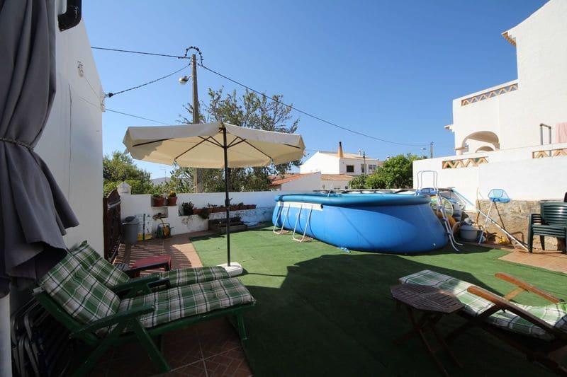 3 Bedrooms Villa in Almadena