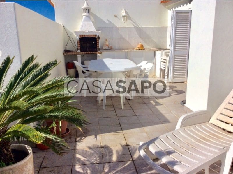 3 Bedrooms Apartment in Rossio de S.João