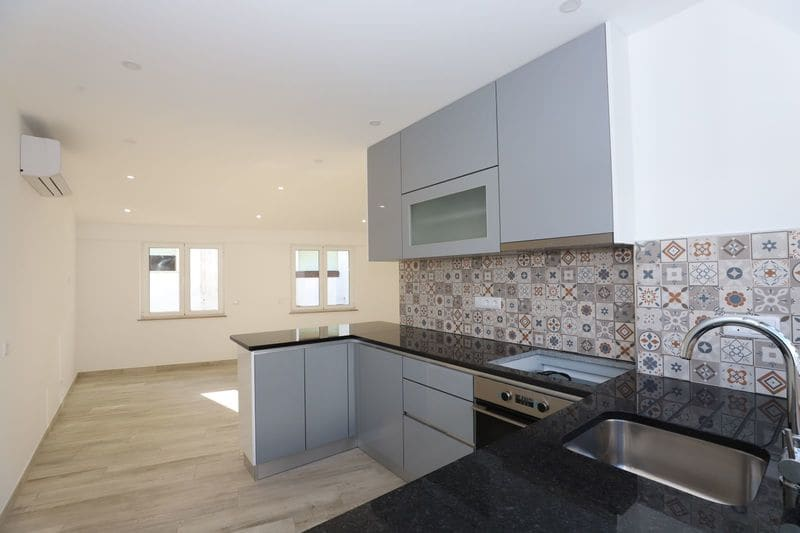 1 Bedroom Apartment in Santa Maria