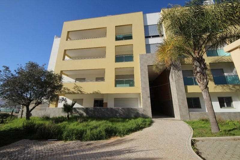 2 Bedrooms Apartment in Ameijeira