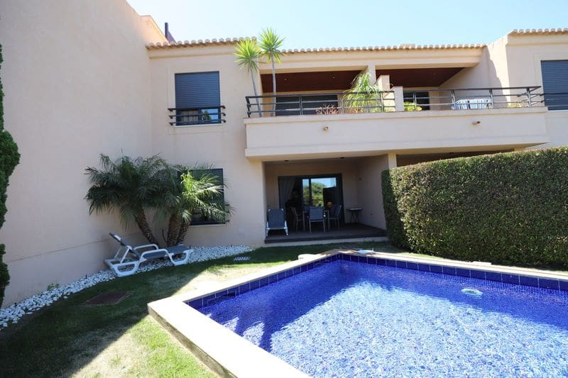 2 Bedrooms Apartment in Montinhos da Luz
