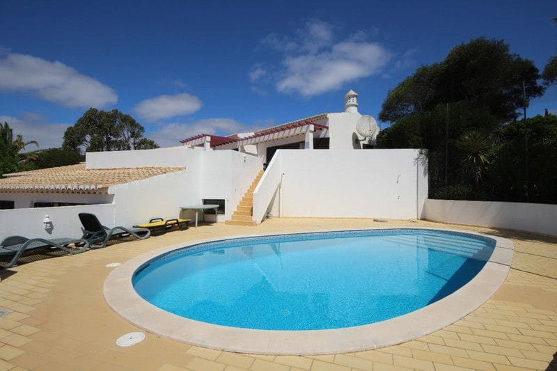 3 Bedrooms Villa in Parque da Floresta