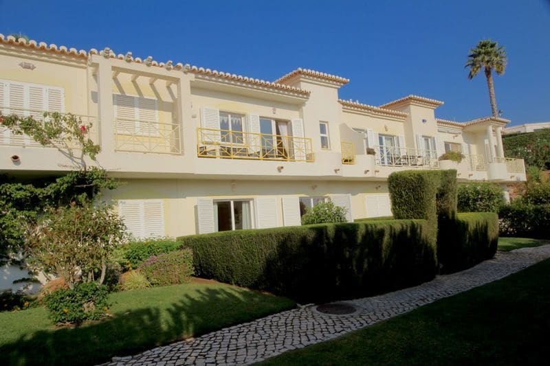 2 Bedrooms Villa in Parque da Floresta