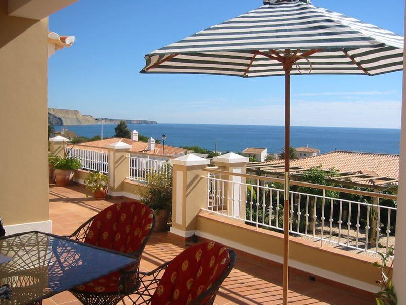 4 Bedrooms Villa in Praia da Luz