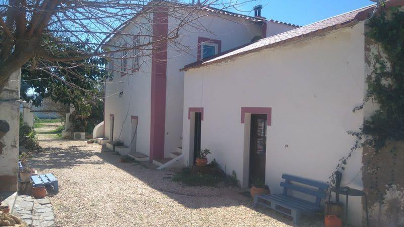 4 Bedrooms Villa in Rossio de S.João