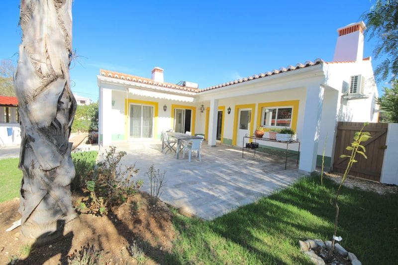 3 Bedrooms Villa in Montinhos da Luz